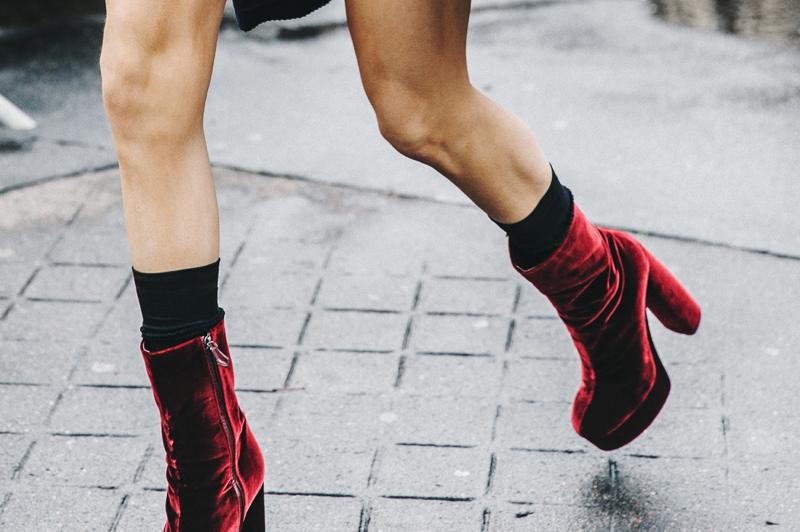 Trend Shop: Velvet Ankle Boots