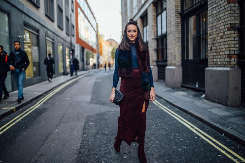 street style burgandy suede skirt