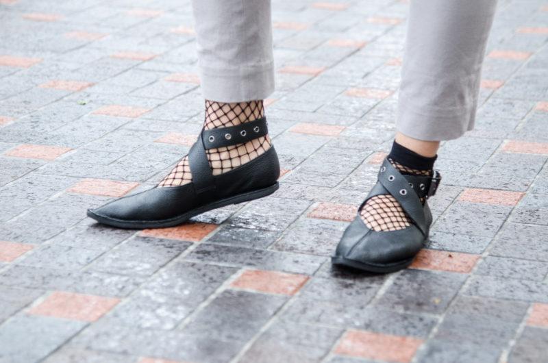 Fishnets socks + flats