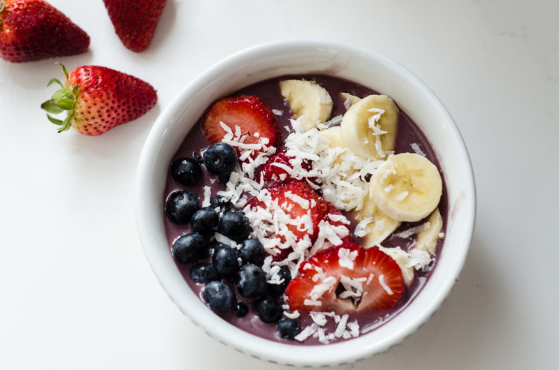 An Easy Acai Bowl Recipe