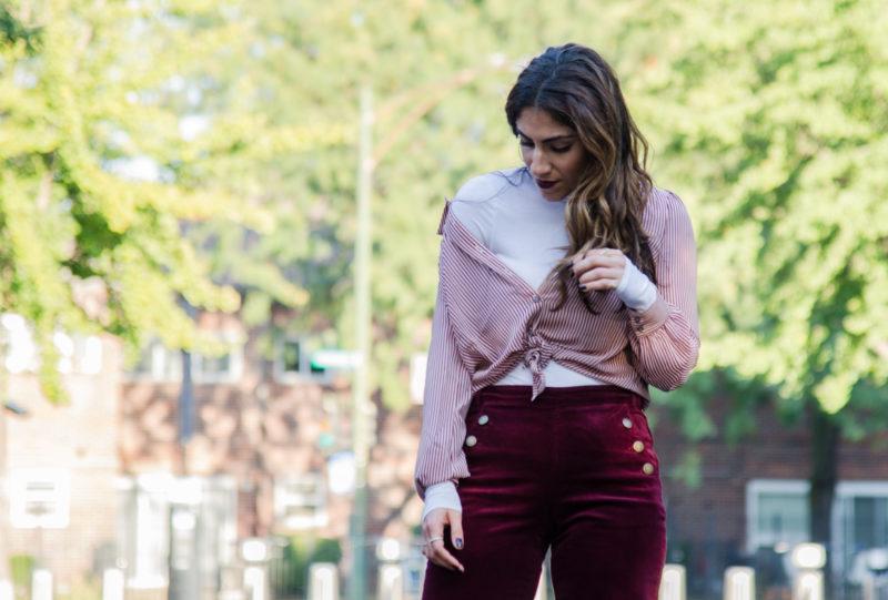 A new way to wear a blouse